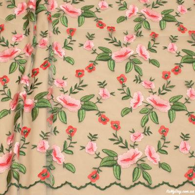 Вышивка на сетке цветы