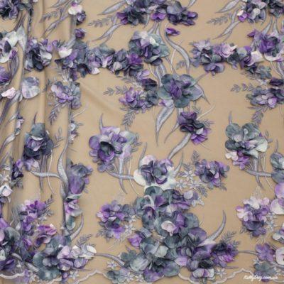 Объемные цветы на сетке купить