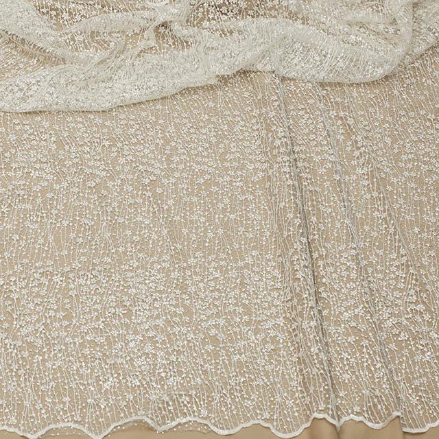 Вышивка на свадебное платье Житомир